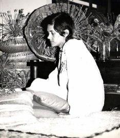 Pretoria circa 1976. Helen de Leeuw, decor-winkel